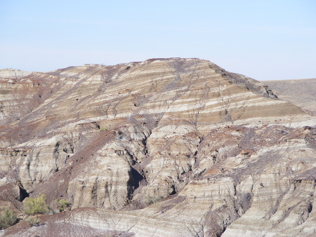 Upper Cretaceous rocks that are Late Cretaceous in age. Dinosaur Provincial Park, Alberta, Canada. Photo by A. Farke, CC-BY.
